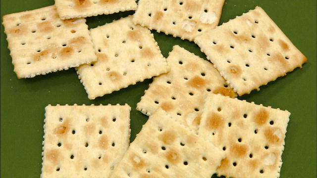 Soda Cracker Production Step by Step   Natural Life, Health & Wellness