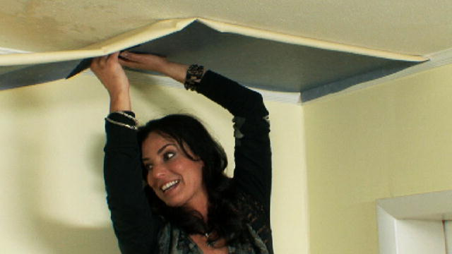 Home Made Simple: Wallpaper Striped Ceilings